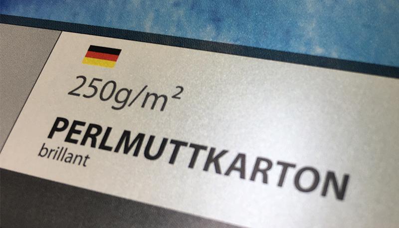 Visitenkarten auf Perlmuttkarton drucken bei www.deiene-hausdruckerei.de